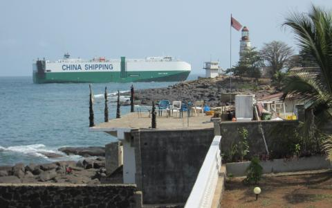 Chinese ship in Africa